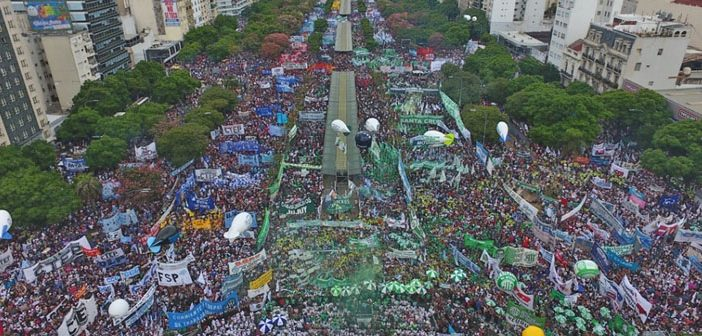 SATSAID presente junto a más de 400.000 trabajadores en la 9 de Julio en contra de las políticas económicas